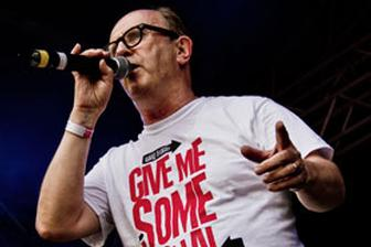 Filthymedia gives reggae DJ icon David Rodigan some signal