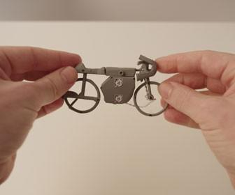 Smith & Foulkes direct simply charming animated short film Hands for Honda