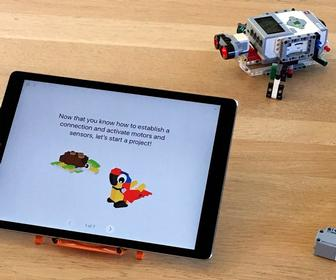 Learn to program robots and drones with Apples new Swift Playgrounds 1.5